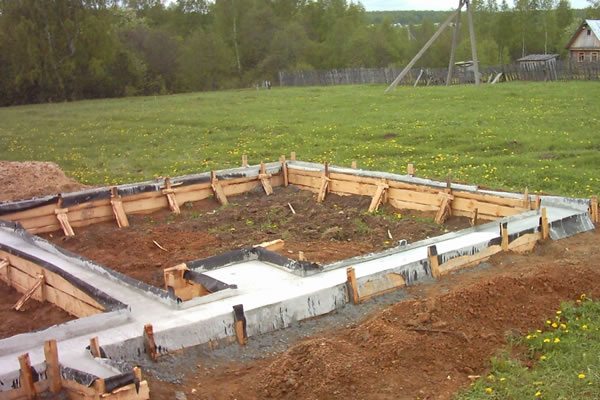 Строительство дома своими руками фундамент фото