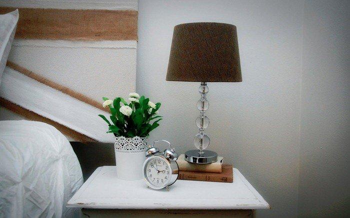 Настольные лампы в интерьере фото