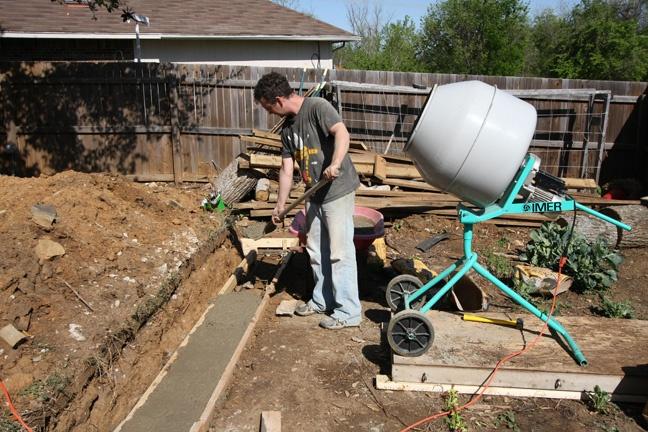 Как залить фундамент к дому своими руками