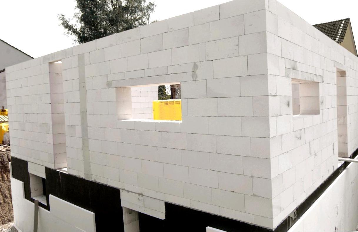 Использование блоков из пенобетона для строительства дома