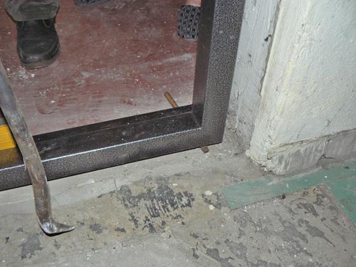 Входные металлические двери установка своими руками видео